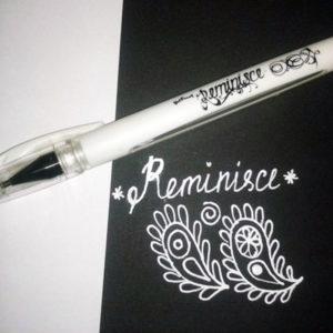 Белая гелевая ручка Reminisce Marvy Uchida